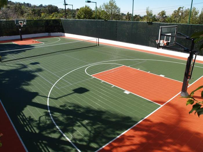 Orange Green Court
